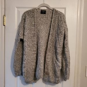 Abercrombie & Fitch Puffy Sleeves Gray Sweater XS
